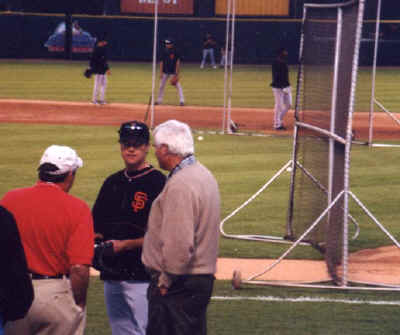 Bobby Knight - 2002 NLDS Game #2 Pictures (10/10)